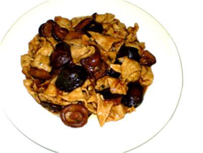 Мясо с грибами (сянгу)
